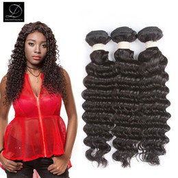 Wholesale 32 Indian Curly Hair Extensions - Brazilian Remy Human Hair Weave 4 Bundles Brazilian Virgin Human Hair Bundles Deep Wave Curly Virgin Human Hair Extensions