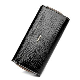 Wholesale Large Cowhide Purse - Quality Leather Fashion Alligator Grain Women Wallets 3 Folds Ma'am Long Purse Large Capacity Zipper Pocket Card Holder Wallet