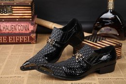 Wholesale Mens Loafers Style - 2017 Fashion Western Style Mens Shoes High-heeled Leather Pointed Head with Buckle Decoration Dress Shoes