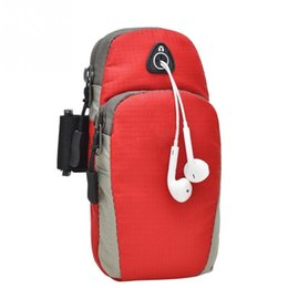 Venta al por mayor- 22 * 12cm Bolsas de brazo deportivo que corren a prueba de agua de nylon banda de la banda del brazo para los teléfonos que sostienen el bolso desde fabricantes