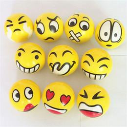 balles spongieuses gros Promotion Vente en gros- HZFZ 2pcs gadgets amusants 6.3cm PU anti-stress emoji ball surprise rebondissant antistress jouet squishy balle montante lente Ventilation jouets