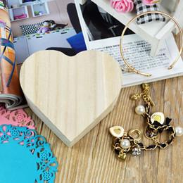 2019 cajas de madera para el envío Cajas de joyería de madera Encantadora de madera en forma de corazón caja de almacenamiento de joyas Embalaje caja de transporte artesanal decoración envío rápido F2017717 rebajas cajas de madera para el envío