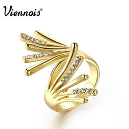 Wholesale Gold Rhinestone Wings Ring - New Viennois Gold Plated Wing Rings for Woman Rhinestone Paved Party Rings Fashion Jewelry free shipping