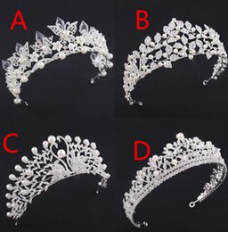 Wholesale Tiaras Headpieces Bridal - High End 2018 Luxury Pearls Crystal Beading Wedding Crown Jewelry Headpieces Headbands Women Bridal Tiaras Party Formal Hair Accessories