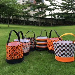 Wholesale Blue Treat Bags - 2017 New Design Polyester Chevron Stripe Halloween Tote Bag Treat Or Trick 100pcs lot Mixed Halloween Bucket Bag In 6 Colors DOM610