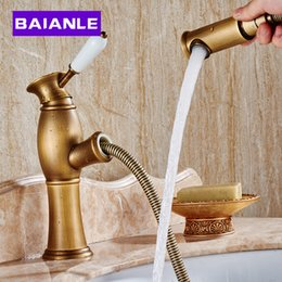 Wholesale Torneira Pull Down Spray - High quality Pull out down Spout Spray head brass bathroom basin faucet tap Golden Finish mixer Lavabo torneira banheiro