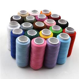 Canada Fil à coudre d'armure de polyester 150M noir blanc hilos de coser multi couleur pas cher linea de costura Offre