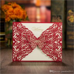 Wholesale Tri Fold Invitation Cards - 50pcs Red Gold Butterfly Wedding Invitations Tri-fold Laser Cut Vintage free Envelope Engagement Cards Wedding Supplies