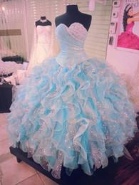 Céu azul claro frisado vestido de baile quinceanera vestidos querida decote plissado vestidos de baile organza babados sweet 16 dress de Fornecedores de vestidos de quinceañera de prata turquesa