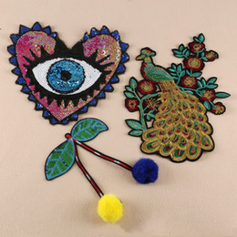 Wholesale Peacock Sequin Dress - 20pcs Peacock Heart Embroidered Patch For Clothing Sequin Patches Jacket Patches parches ropa Jean Cocktail Dress Fabric Patchwork Appliques