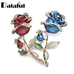Wholesale Pcs Garment Accessories - 1 PCS Red Blue Rose Flower Brooch Garment Accessories Wedding Bridal Jewelry Crystal Brooches for Women Z015