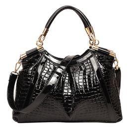 Wholesale Painted Satchel - Wholesale- 2016 new bag patent leather hand-painted hand-crocodile pattern female handbag blue shoulder diagonal cross package
