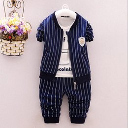 Wholesale Korean Men Women Wholesale Clothing - 2017 new children's clothing Men and women baby fall suit Korean version of the hooded movement three-piece