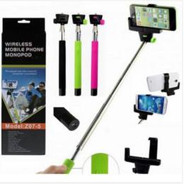 Disparador de bluetooth android online-Hot Z07-5 Palo selfie inalámbrico Bluetooth Extendible Monopod trípode de mano Con obturador de liberación sobre iOS 8.0 android 3.0 para Smartphone s5