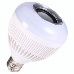 Canada Livraison gratuite sans fil Bluetooth Musique LED Ampoule Audio Haut-parleur Haut-Parleur Musique Lecture Lumière Lampe 24 Touches Télécommande IR Offre