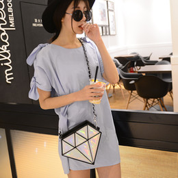 wholesale diamond keys Promo Codes - Wholesale- 2016 fashion hologram bag diamond shape laser holographic crossbody chain bag women messenger bags