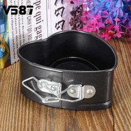 Wholesale Heart Shaped Cookware - Wholesale- Love Heart Shape Cooking Tools Non Stick Baking Springform Tray Pan Bake Oven Round Cake Tins Kitchen Cookware 11X11cm