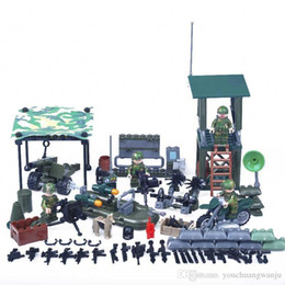 Wholesale Plastic Army Toys - 4in1 Military series Soldier Police Gun Weapons Pack Army Brick Arms For War Blocks Building Blocks Sets Models Toys
