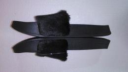 homens de pele Desconto Nova Rihanna Fur Leadcat Fenty Slides Chinelos Mulheres Homens Casa Chinelo Inverno Sapatos Casa Mulher Chinelos Quentes zapatillas Com Caixa e Saco de Poeira
