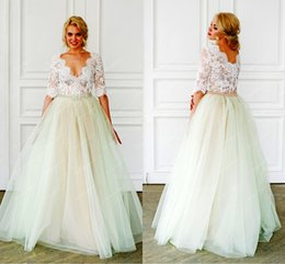 Wholesale Plus Size Wedding Dresses Colorful - Lace Crystals 2016 Bohemian Arabic Wedding Dresses V-neck Half Sleeves A-line Bridal Dresses Vintage Wedding Gowns