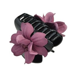 Wholesale Big Hair Clamps - Latest Design Hair Jewelry Plastic Flower Big Hair Claw Clips for Women