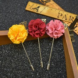 Wholesale Mens Flower Lapel Pins - Wholesale- Fashion Handmade Flower Boutonniere Stick Brooch Pin Mens Womens Accessories Gold Leaf Flower Lapel Pin Brooch Suit Sweater Pin
