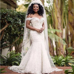 Wholesale Summer Retro Wedding Dress - African Plus Size Wedding Dresses Retro Lace Beaded Off The Shoulder Mermaid Bridal Gowns Custom Made Sweep Train Wedding Vestidos