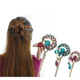 Horquillas de mariposa vintage online-Vintage Antique Bronce Rhinestone Crystal Butterfly horquilla palillos pinzas para el cabello borla palos de pelo para las mujeres accesorios para el cabello