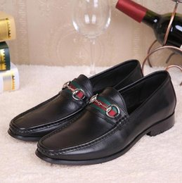 Wholesale Wedding Dresses Styles For Men - Italian Style Genuine Leather Men Dress Shoes Oxfords Shoes For Business Men Wedding Shoes Formal Top Quality Loafers Fashion Buckle