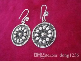 Wholesale Traditional Folk Crafts - Traditional ancient method pinch filament craft pure handmade silver silver retro palace earrings