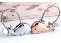 Wholesale Trendy Items - 3D Whale Key Ring for Lovers Gift Bag Pendant Couples Key Trinket Key Chains Car KeyChain Chaveiro Innovative Items
