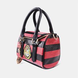 Wholesale Zipper Charms Wholesale - Harry Potter Hogwarts Crest Satchel w  Zippered Purse and Metal Charm Handbag 2017 new arrival 0601355