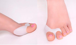 Wholesale Foam Thumb - Silicone Gel foot fingers Two Hole Toe Separator Thumb Valgus Protector Bunion adjuster Hallux Valgus Guard feet care