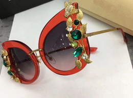 Wholesale Cat Eye Stones - women designer stone flowers cat eye sunglasses red frame grey lenes sunglasses Brand with box