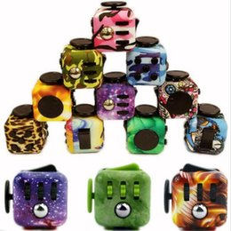 Wholesale New Year Boxes - New Fidget cube camouflage fidget spinner camo color the world's first American decompression anxiety Toys with retail box