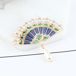 Wholesale Asian Folding Fans - Different Beautiful Colorful folding fan Brooches Gold Color Enamel Decoration Accessories Shirt Corsage Souvenir Holiday Gift