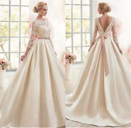Magnífico satinado Bateau Escote Vestido de bola Vestidos de novia con apliques de encaje Mangas 3/4 Vestidos de novia vestido largo de fiesta desde fabricantes