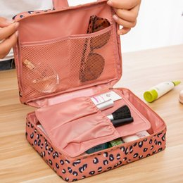 Wholesale China Wholesale Cosmetic - China wholesale new design professional beauty fashion travel cosmetic bag