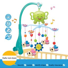 Wholesale Kids Cots - Wholesale- 12 Music Melody Musical Crib Mobile Bed Cot Bell Baby Rattle Rotating Bracket Holder Rattle Toys for 0-12 Months Newborn Kids