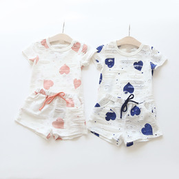 Wholesale Dot Baby Clothing - Summer Baby Clothing Sets Girls Hearts Printed Short Sleeve T-shirt Short Pants Kids Casual 2 piece Suit Children Clothes Free DHL 211