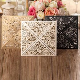 Wholesale Cutout Invitations - Wholesale-Retro Floral Laser Cutout New Arrival Wedding Invitation Cards Customize in Golden White and Black 50PCS Free Shipping