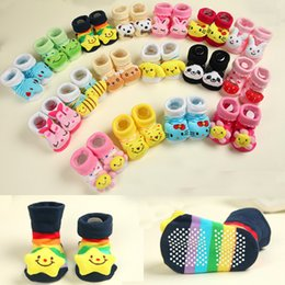 Acheter en ligne Chaussures à chaussures mignonnes-18 design Lovely Cartoon Baby Socks Anti Slip Cotton With Animal Chaussons Unisex Pantalons Newborn Sock 0-12Month Cute Born Baby Socks K019