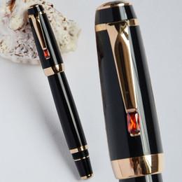 Pietre di fontana online-Lusso di alta qualità MB Bohemia nero e dorato medio pennino stilografica Business Pen Clip in oro con pietra rossa