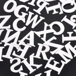 Vente en gros - lettres en bois alphabet mixte blanc A-Z artisanat pour mariage anniversaire décoration 35mm 50pcs MT0701 ? partir de fabricateur