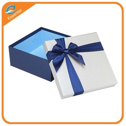 Wholesale Paper Clothing Packaging Box - Custom logo clothing brand high-grade square exquisite gift box packaging cardboard boxes bow