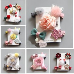Wholesale Hair Style Korea - 2017 New Baby Hairpin Barrettes Christmas Korea Style Girl Sequins Flower Bow Safe Hair Clip With Paper 5pcs in 1 Set 70030