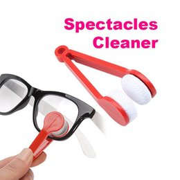 Wholesale Portable Spectacles - 2018 New Mini Portable Sun Glasses Microfibre Spectacles Cleaner Glasses Wipe Clean Cleaning Clip Glasses's Companion Mix Colors