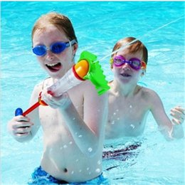 Wholesale Wells Toys - 2017 new fashion beach toys, melon toy, Water gun toys in beach. The Shot disdance is longer and the efferct is well b1300-1