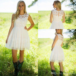 Wholesale Knee Length Western Wedding Dresses - Cute New Arrival Little White Lace Bridesmaid Dresses A Line Jewel Neck Western Country Garden Short Homecoming Party Wedding Guest Gowns