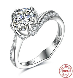 Wholesale Korean Couple Rings 925 - New fashion listed Korean hot 925 quatrefoil single drill 2.2ct high-grade couple wedding ring Valentine Gift Free Shipping